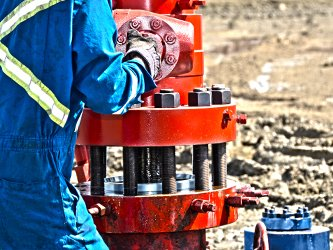 wellhead installation